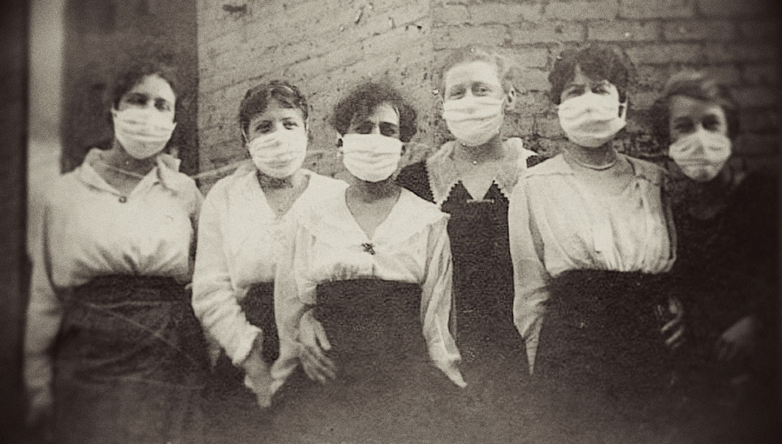 Nurses during pandemic in the early 20th century