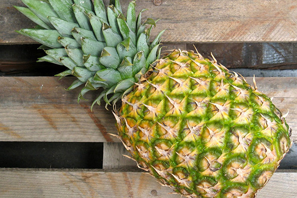 how to induce labor naturally - pineapple